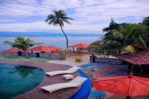 Amazing City Beach Resort Palu - Kolam Renang