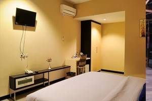 Amazing City Beach Resort Palu - Kamar Deluxe