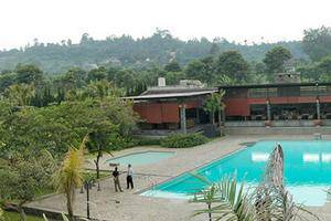 Grand Hotel Lembang - Swimming Pool