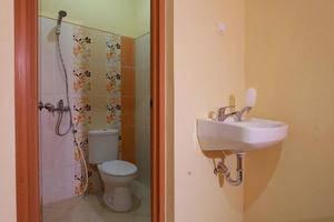 Seroja Kostel Kusuma Yogyakarta - Kamar mandi