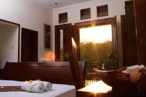 Ubud Hotel Malang - Rooms