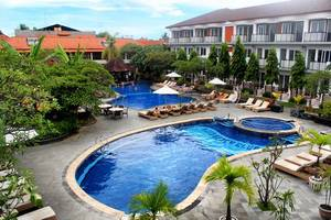 Sol House Bali Kuta by Melia Hotel International - Kolam