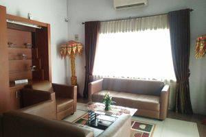 Hotel Ranah Bundo Padang - lobby