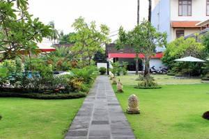 Tinggal Standard at Kartika Plaza Kuta - Eksterior
