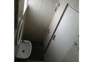 Kayumanis Homestay Syariah Jakarta - Bathroom