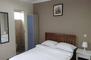 Kayumanis Homestay Syariah Jakarta - Room
