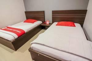NIDA Rooms Cempaka Boulevard Makassar - Kamar tamu