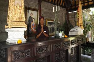 Fibra Inn Bungalows Bali - Resepsionis