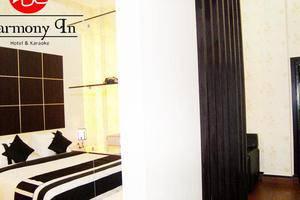 Hotel Harmony In Pontianak - room