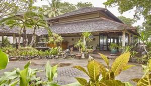 Anyer Cottage Hotel Beach Resort