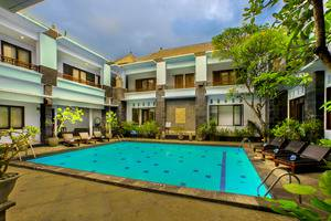 The Radiant Hotel Bali - Hotel Pool View