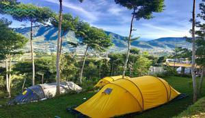 Meloh Cafe & Tent