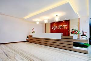 Pasar Baru Square Hotel Bandung - Receptionist