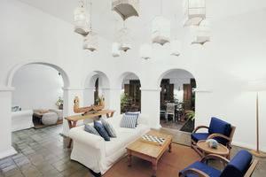 Adhisthana Hotel Yogyakarta - Lobby Lounge