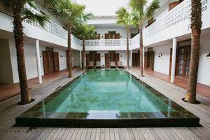 Adhisthana Hotel Yogyakarta - outdoor swimming pool