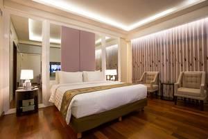 Golden Palace Lombok - Suite Room