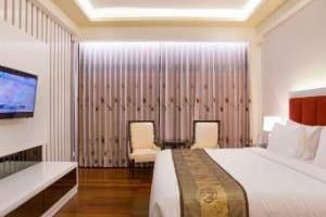 Golden Palace Lombok - President Suite - Non Smoking Room