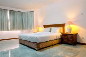Spacious 3BR Senopati Apartment near SCBD By Travelio