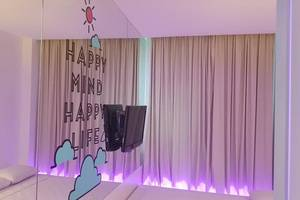 J iCon Hip Hotel Balikpapan - Kamar tamu