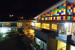 Casa Monte Rosa Hotel Cianjur - Suasan Malam