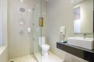 Kusuma Agrowisata Batu - Bathroom