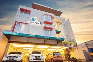 Hotel Graha Cempaka Surabaya - tampilan malam graha cempaka boutique hotel