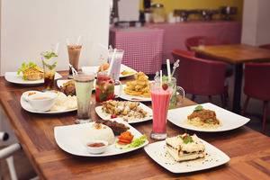 Hotel Graha Cempaka Surabaya - makanan lezat kami di magnolia urban kitchen