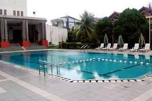 Emerald Garden Hotel Medan - Kolam Renang