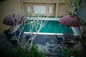 Bagus Hayden Hotel Bali - Kolam Renang