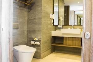 Swiss-Belresort Pecatu Bali - Kamar mandi