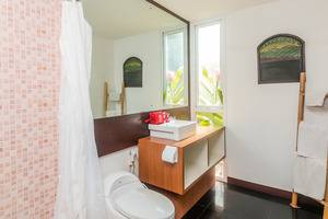 ZenRooms Umalas Klecung Villa - Kamar mandi