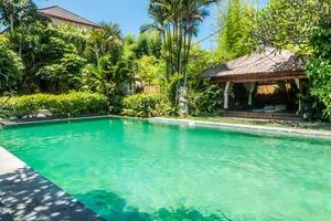 ZenRooms Umalas Klecung Villa - Kolam renang
