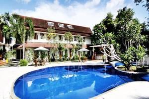 LPP Garden Hotel Yogyakarta - Kolam Renang
