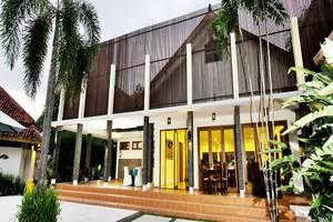 LPP Garden Hotel Yogyakarta - Tampilan Luar Hotel