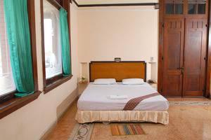 Hotel Niagara Malang - Kamar Deluxe