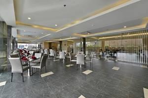 Serela Waringin Hotel Bandung - Restaurant