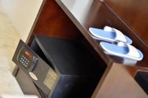Serela Waringin Hotel Bandung - Safety Box