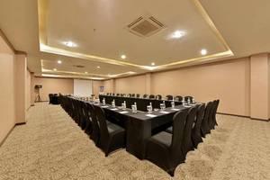 Serela Waringin Hotel Bandung - Meeting Room
