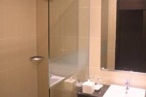 Grand Abe Hotel Jayapura - Kamar mandi