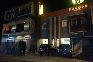 Budget Hotel Ambon - Exterior