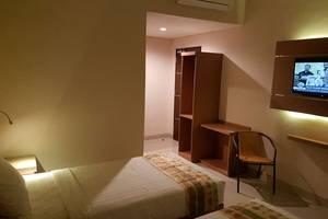 Budget Hotel Ambon - Room