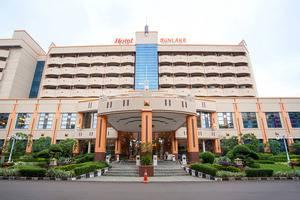 Sunlake Hotel Jakarta - Tampilan Bangunan