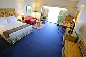 Sunlake Hotel Jakarta - Oriental Suite
