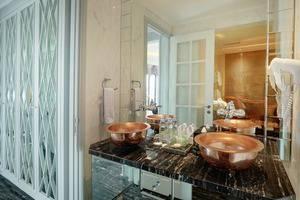 Lafayette Boutique Hotel Jogja - Bathroom