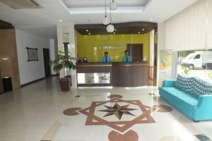ParagonBiz Budget Hotel Tangerang - RESEPSIONIS