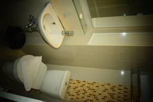 ParagonBiz Budget Hotel Tangerang - KAMAR MANDI SUPERIOR