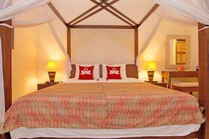 ZenRooms Lovina Sea Shores Bali - Tampak tempat tidur double