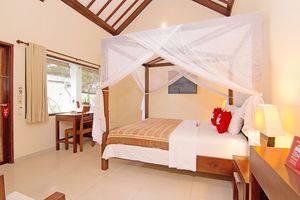 ZenRooms Lovina Sea Shores Bali - Tampak keseluruhan