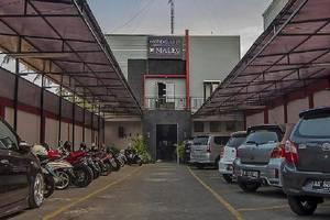 Maleo Kostel Cempaka Putih Yogyakarta - area parkir