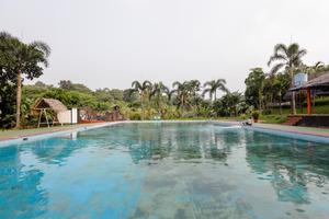 OYO 883 Pavo Resort